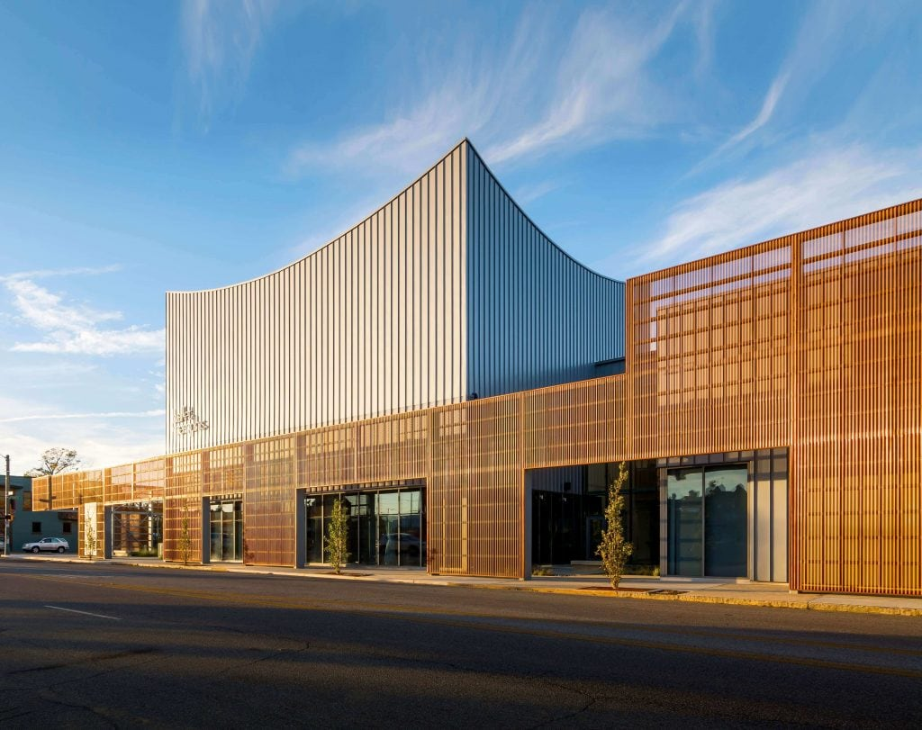 PAC CLAD - Ballet, Memphis